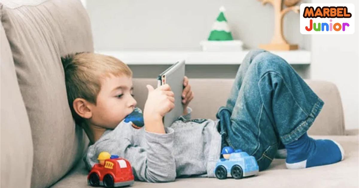 Blog Manfaat Teknologi dan Mencegah Kecanduan Gadget pada Anak Cover Image